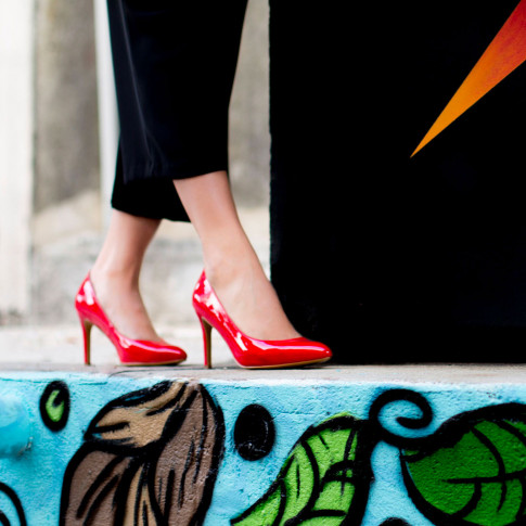 Red patent pumps with pointed toe