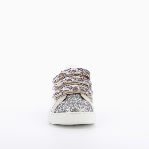 Gray sneakers with sequinned velcro