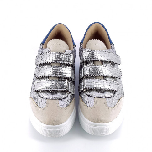 Silver crackled effect sneakers with lace cutouts