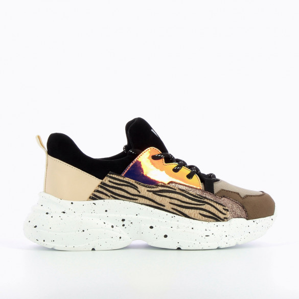 Sneakers with zebra detailing and large galaxy-print sole