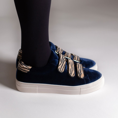 Blue sneakers with zebra velcro