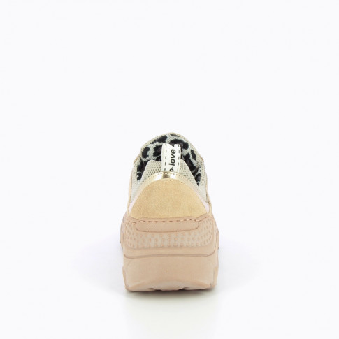 Dusty pink sneakers with large sole