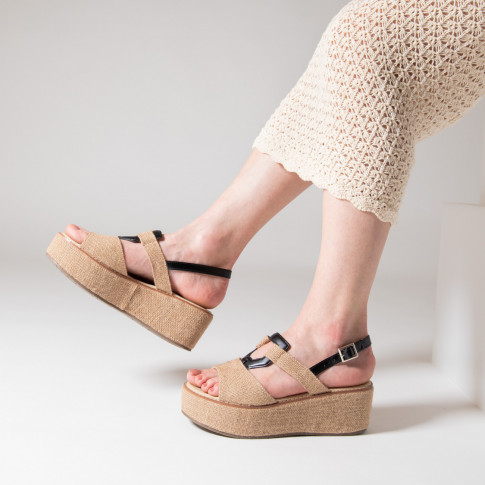 Beige wedges in tweed effect