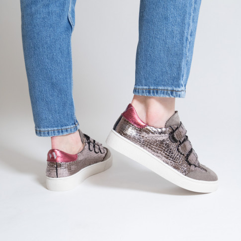 Charcoal crackled effect sneakers with iridescent fuschia details