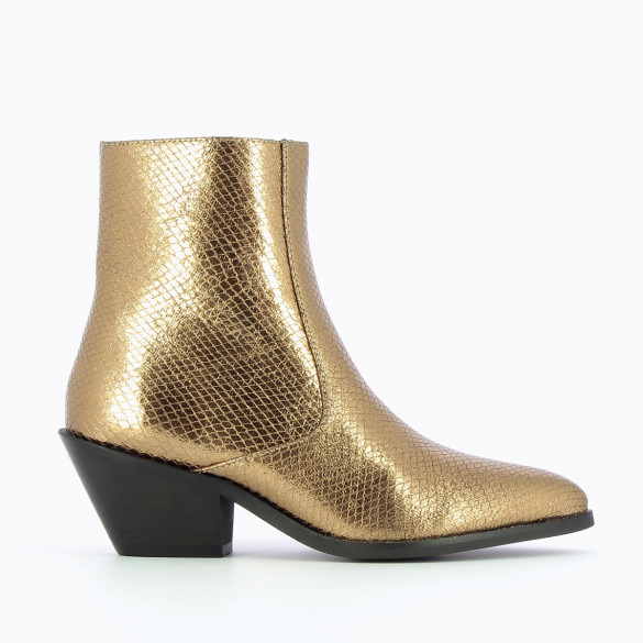 metallic gold cowboy boots with heel Vanessa Wu with pointed toe