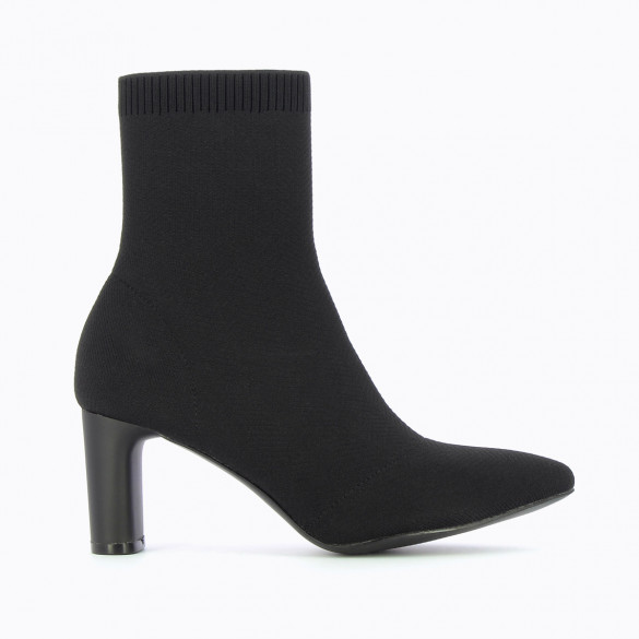 High sock style boots with pointed toe knit with heel woman Vanessa Wu
