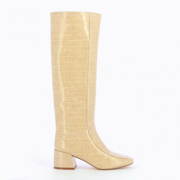 patent leather straight boots crocodile effect beige with small heel woman Vanessa Wu topstich