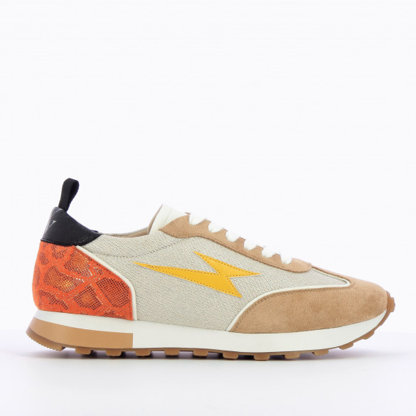 sneakers woman yellow lightning track style with white laces and beige suedette yokes Vanessa Wu