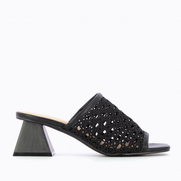 Black mules with pyramid heel Vanessa Wu woman woven caning-style with square toe