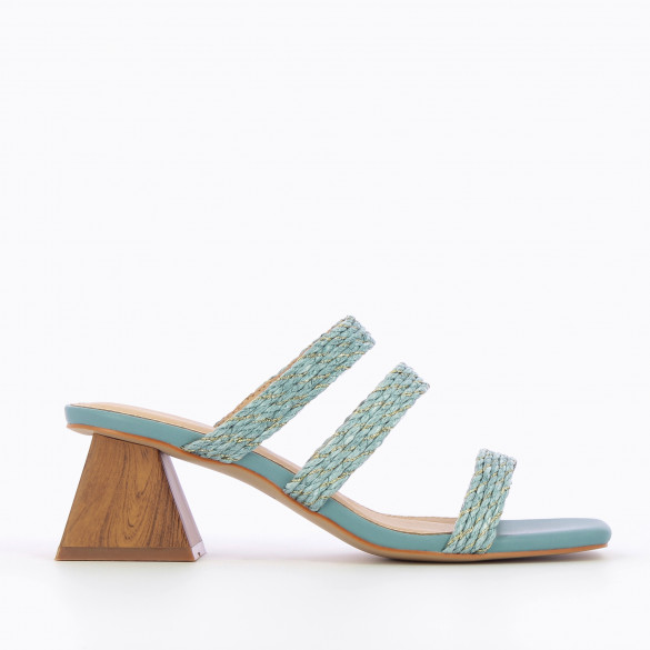 Blue mules with pyramid heel and woven straps raffia effect raphia with gold threads woman Vanessa Wu