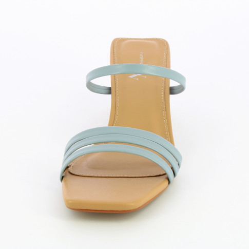 Beige mules with blue straps