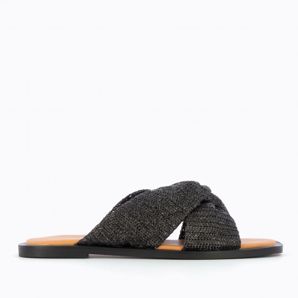 Black flat mules with tied straps raffia effect and contrasting sole camel woman Vanessa Wu