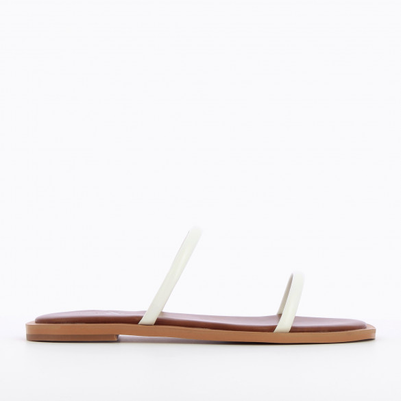 flat mules white minimalist with rounded straps and camel sole padded chic woman Vanessa Wu