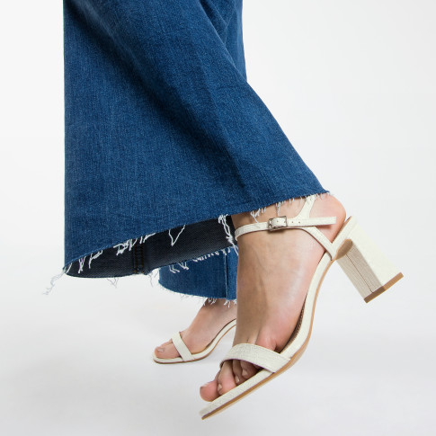 White croco effect sandals with heel