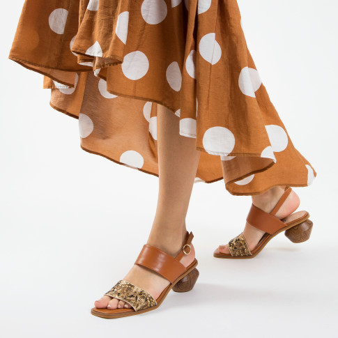 Camel sandals with woven strap