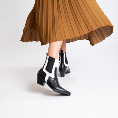 Black cowboy ankle boots with white croco effect cutout