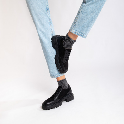Black bi-material brogues with oversized sole